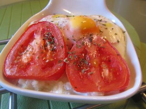 huevo con tomate