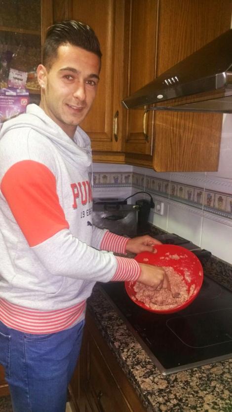 sergio leon cocinando